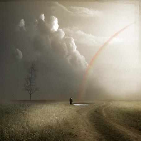 Фото Озеро желаний - мои мечты сбудутся ( человек у маленького озера около дороги ) (© Флориссия), добавлено: 16.11.2011 19:12