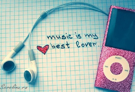 Фото Гламурный Mp3 плеер лежит на тетрадном листе в клеточку (music is my best lover ♥)