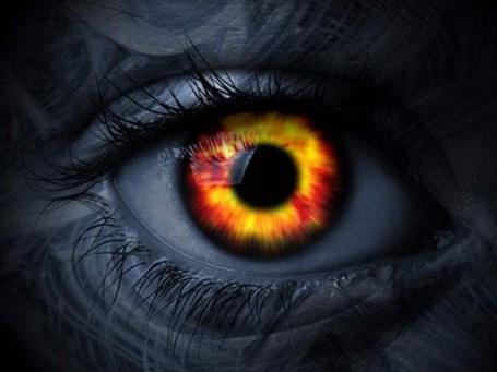 Фото Горящий глаз демона
