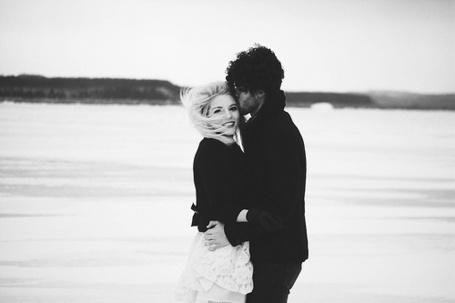 Фото Парень целует девушку в весок (© Mary), добавлено: 25.11.2011 01:45