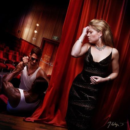 Фото Девушка страдает за кулисой, пока на сцене один мужчина пытается убить другого) (© Radieschen), добавлено: 08.12.2011 04:43