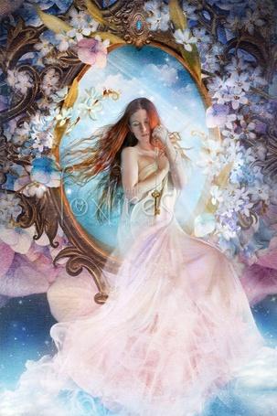 Фото Красивая девушка возле зеркала с ключом в руке (Foxfires) (© Radieschen), добавлено: 12.12.2011 14:35