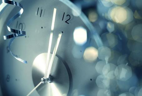 Фото Стрелка часов приближается к двенадцати (© StepUp), добавлено: 31.12.2011 13:28