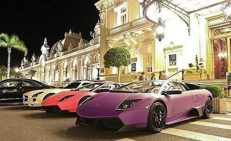 Фото Парад машин возле казино в Монте-Карло (© Капитошка), добавлено: 02.01.2012 22:49