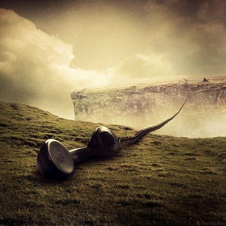 Фото Телефонная трубка лежит на обратной стороне горы  (© Julia_57), добавлено: 16.01.2012 15:55