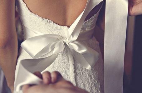 Фото Свадебное платье с бантом на спине (© Кофе мой друг), добавлено: 22.01.2012 12:16