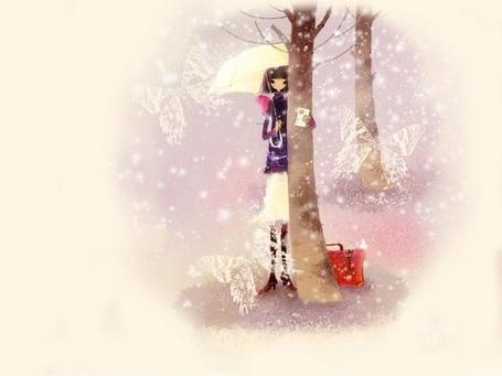 Фото Девушка с зонтиком в одной руке и письмом в другой зимой стоит у дерева рядом с чемоданчиком, by mizzi