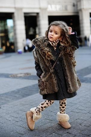 Фото Модная девочка (© Mary), добавлено: 24.01.2012 22:21
