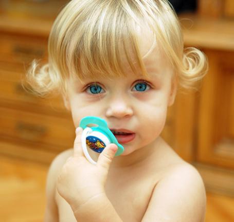 Фото Малышка с голубыми глазами