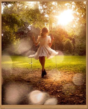 Фото Девушка на качелях (© Флориссия), добавлено: 31.01.2012 21:25