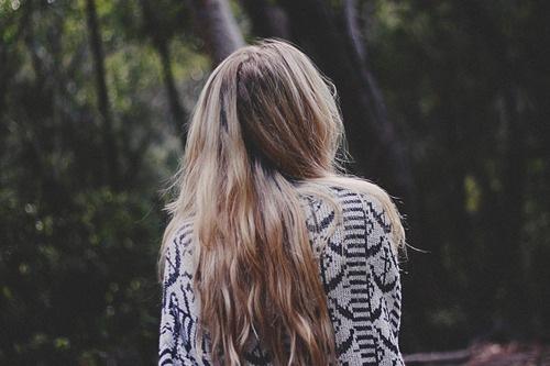 Тэги девушки лес природа