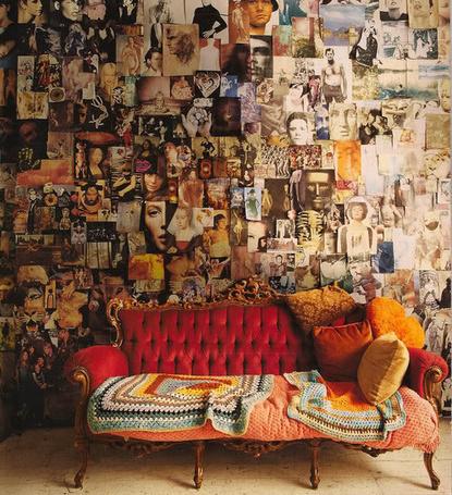 Фото Комната, завешенная множеством постеров с уютным диванчиком (© lemon), добавлено: 06.02.2012 17:43