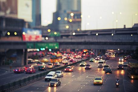 Фото Движение машин в городе (© StepUp), добавлено: 20.02.2012 11:00
