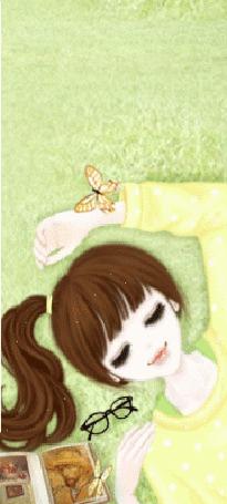 Фото Девушка отдыхает лёжа на траве, вокруг нее летают бабочки (© Krista Zarubin), добавлено: 25.02.2012 13:42