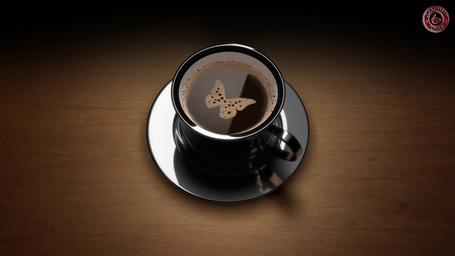 Фото Пенка в виде бабочки в чашке кофе (© Rainy), добавлено: 07.03.2012 18:22