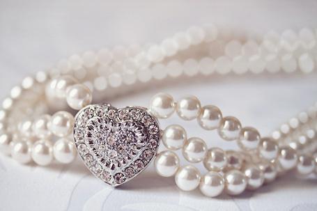 Фото Подвеска из жемчуга и красивого сердца (© Штушка), добавлено: 09.03.2012 16:06