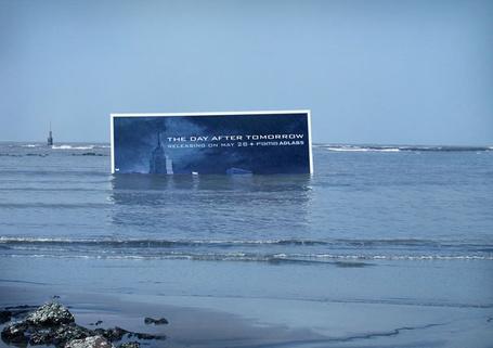 Фото Билборд стоящий в воде, Реклама фильма 'Послезавтра' / 'The day after tomorrow', самые креативные билборды мира (© Radieschen), добавлено: 10.03.2012 10:11