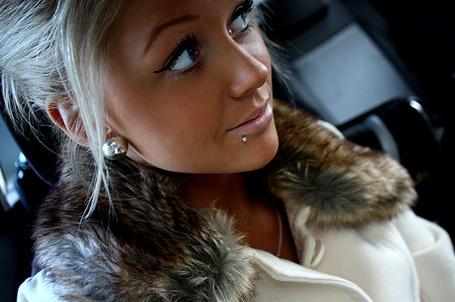 Фото Красивая блондинка (© Феминистка), добавлено: 16.03.2012 01:52
