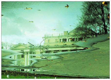 Фото Отражение домов в луже (© Флориссия), добавлено: 19.03.2012 13:38
