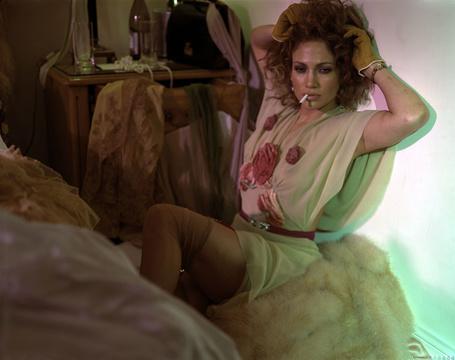 Фото Дженнифер Лопез / Jennifer Lopez плачет и курит (© ВалерияВалердинова), добавлено: 23.03.2012 18:31