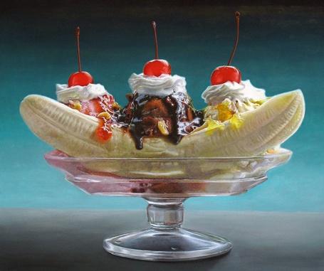 Фото Банан с мороженным и вишней, художница Painter Mary Ellen Johnson (© Radieschen), добавлено: 28.03.2012 08:30