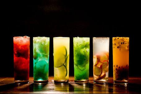 Фото Стаканы с напитками (© Antuannet), добавлено: 30.03.2012 11:45