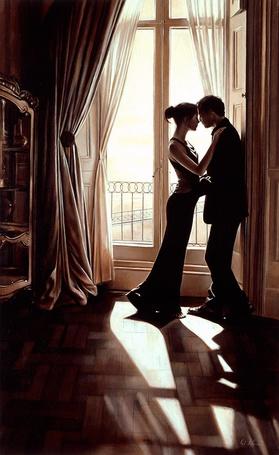 Фото Девушка у окна обнимает мужчину - Вернисаж Rob Hefferan / Роб Хефферан
