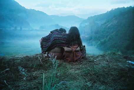 фото целующиеся парень и девушка