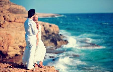 Фото Парень с девушкой на пляже