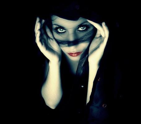 Фото Девушка в чёрной вуале. Фотграф Graca Loureiro (© Natko), добавлено: 16.05.2012 18:47