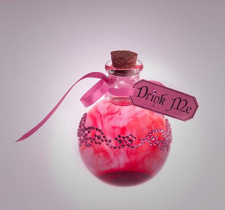 ���� ������� ��������� � ������ 'Drink me' / '����� ����' (� Antuannet), ���������: 05.06.2012 03:43
