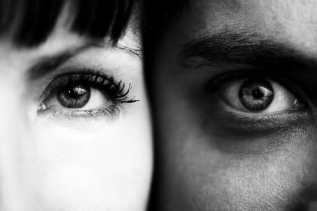 Фото Два глаза, девушки и мужчины, фотограф Бенуа Корти / Benoit Courti (© Radieschen), добавлено: 07.06.2012 17:15