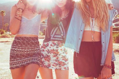 Фото Три девушки-подруги (© Феминистка), добавлено: 18.06.2012 21:08