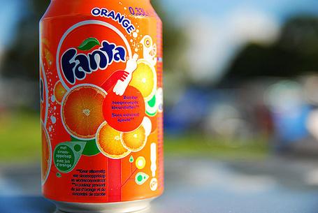 Фото Бутылка 'Fanta / Фанты' со вкусом апельсина (© Кофе мой друг), добавлено: 22.06.2012 12:01