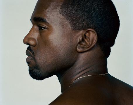 Фото Американский рэпер Канье Уэст / Kanye West в профиль, с серьезным выражением лица, фотограф Ralph Mecke