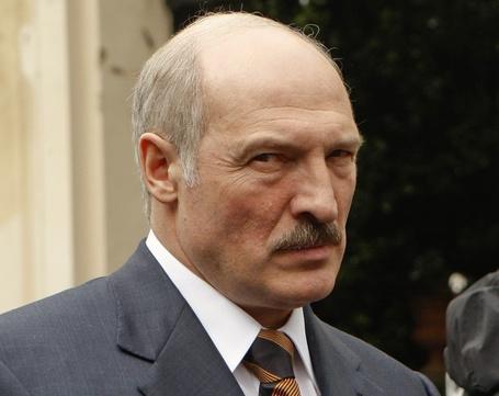 Фото Суровый прищур (батьки) президента Беларуси Александра Лукашенко