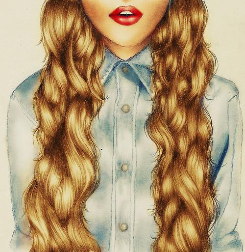 Девушка с красными губами и длинными