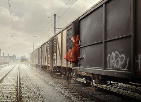 Фото Человек - невидимка в вагоне товарного поезда