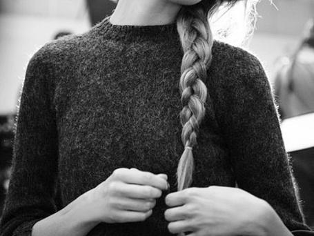 Фото Девушка с заплетенной косой (© Antidote), добавлено: 16.07.2012 13:38