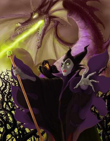 Фото Злая колдунья с вороном на плече и огнедышащим драконом позади