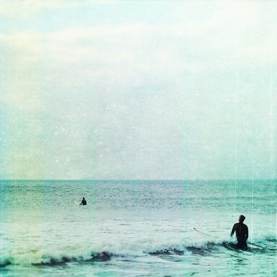 Фото Два серфингиста в бушующем море, фотограф Tina Crespo / Тина Креспо