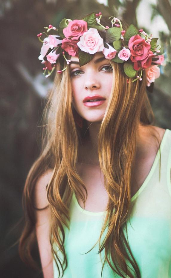 Венки из цветов на голову видео