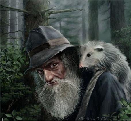 Фото Старик со зверьком на плече в лесу (Vladimira 06.) (© Флориссия), добавлено: 05.08.2012 11:40