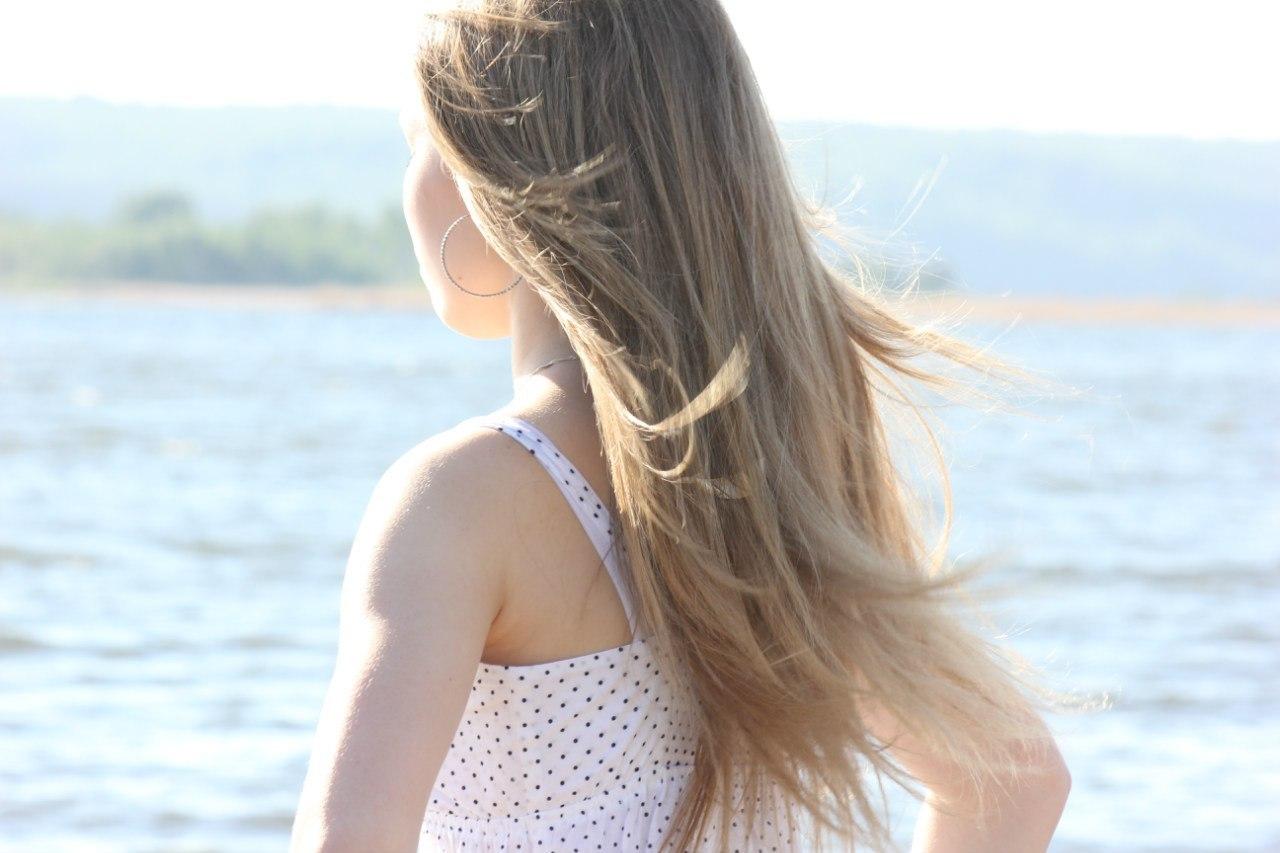 Картинки девушки сзади русые волосы