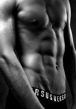 фото красивых мужчин с голым торсом
