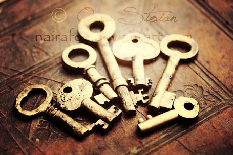 Фото Старинные ключи (© missLady), добавлено: 05.10.2012 15:03