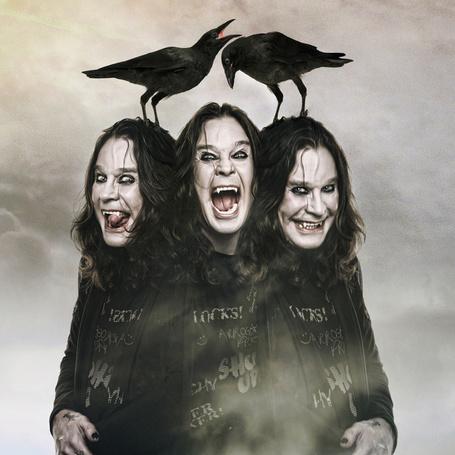 Фото Трехголовый Оззи Осборн / Ozzy Osbourne с двумя воронами на головах, турецкий фотограф Mehmet Turgut (© Radieschen), добавлено: 07.10.2012 07:51