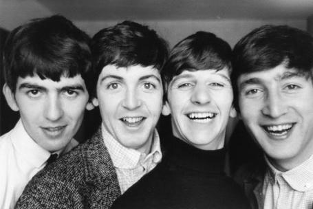 Фото Знаменитая британская четверка - группа The Beatles / Битлз в составе :  Джон Леннон / John  Lennon , Пол Маккартни / Paul McCartney, Джордж Харрисон / George Harrison , Ринго Старр / Ringo Starr
