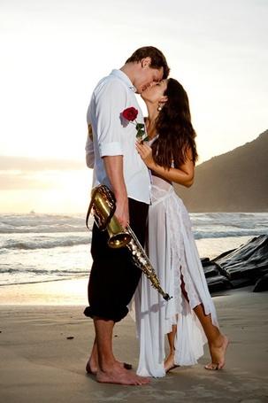Фото Влюбленные на пляже