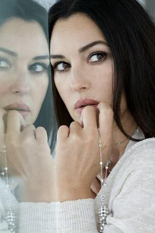 ���� ����������� ����������� � ����������  ������ ������� / Monica Bellucci � ���������� � ���� � ���������� ������ ��������� / Sylvie Lancrenon, 2008 ��� (� Morena), ���������: 22.10.2012 10:40
